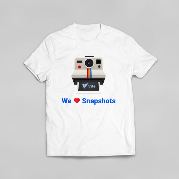 """We Heart Snapshots"" T-shirt (White)"